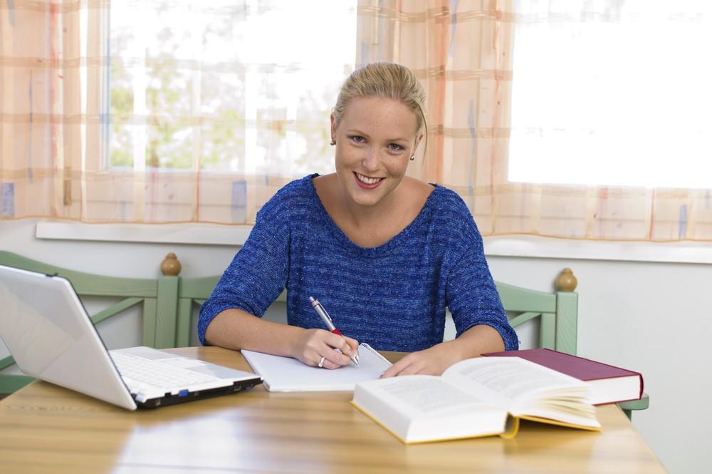 Praca magisterska czy dyplomowa — o czym musisz pamiętać podczas ich pisania?