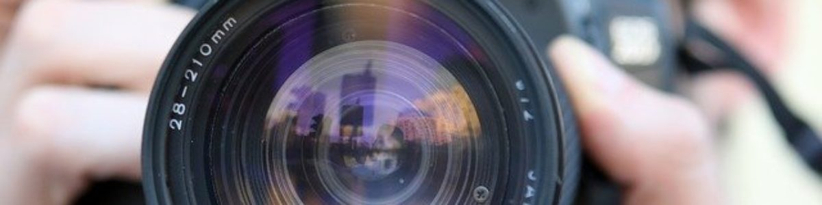 Esej: Komunikacja polityczna i mass media