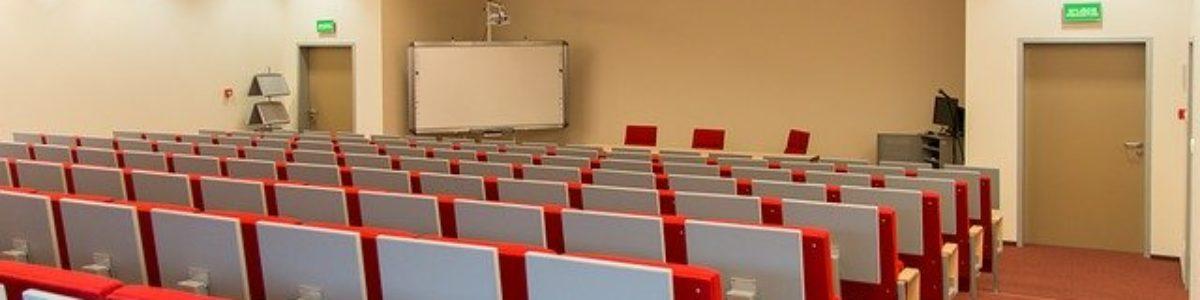 Nauczanie w semestrze zimowym na uczelniach – głównie w trybie mieszanym
