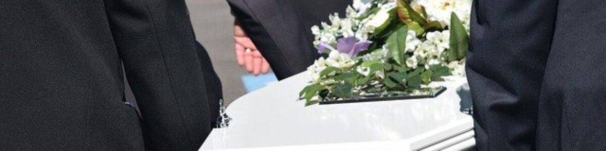Esej: Organizacja pochówku. Zwyczaje i obrzędy pogrzebowe
